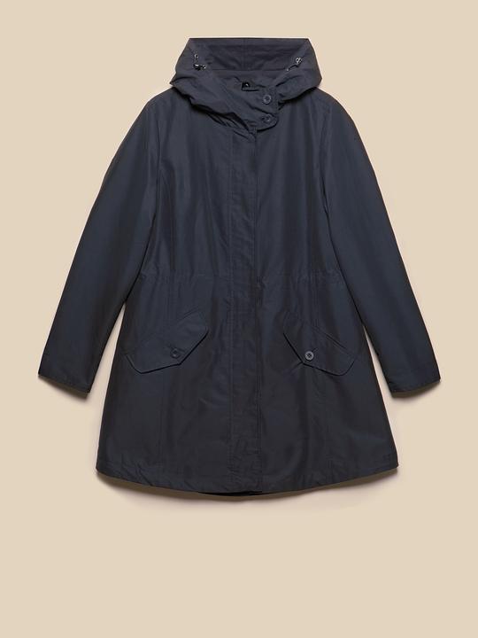 Elena miro abrigos